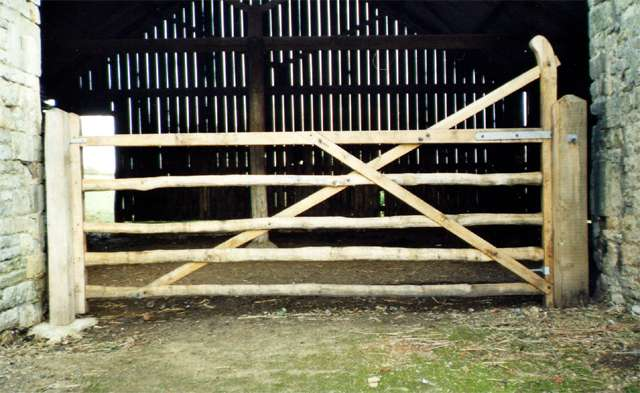 <span>Ref: F15</span><br>This ranch top gate has a double brace for added strength, Woolsthorpe Manor, Lincolnshire, National Trust, 4' x 10' long; £1188 inc VAT.