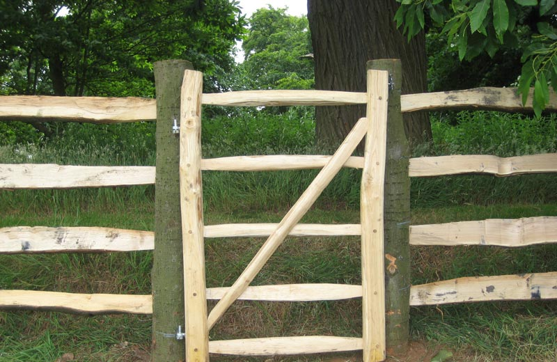 <span>Ref: F3</span><br>A chestnut pedestrian gate in a 4 rail fence, 4' x 3' wide, Blithfield Manor, Staffordshire; £360 inc VAT.