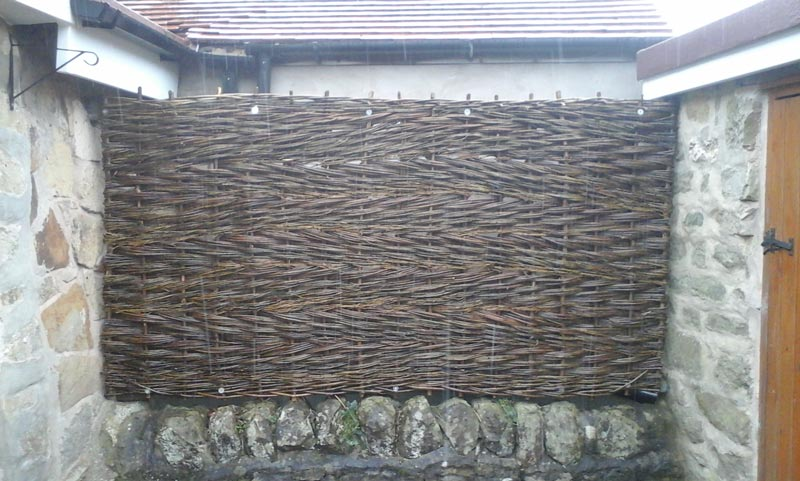 <span>Ref: B10</span><br>Willow hurdle to hide the neighbour.